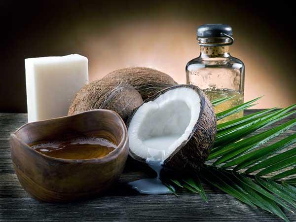 beneficios del aceite de coco en ayunas