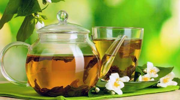 beneficios del te verde con limon