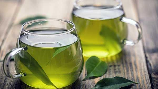 beneficios del te verde en ayunas