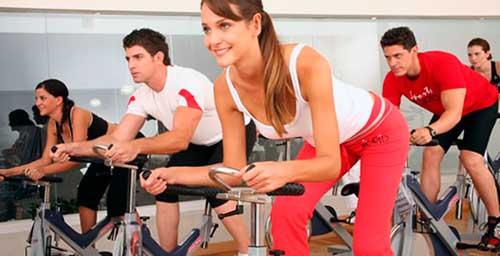 beneficios del spinning en mujeres