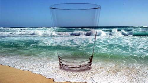 que beneficios tiene el agua de mar