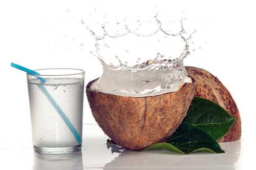 agua de coco que beneficios tiene