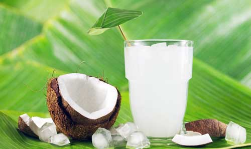 beneficios del agua de coco natural