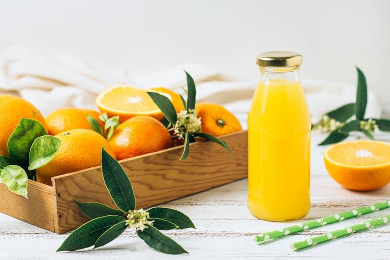 naranjas recien exprimidas, zumo natural